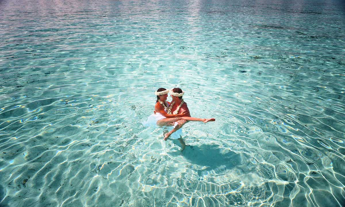 Intercontinental Bora Bora Le Moana Resort Tahiti Legends