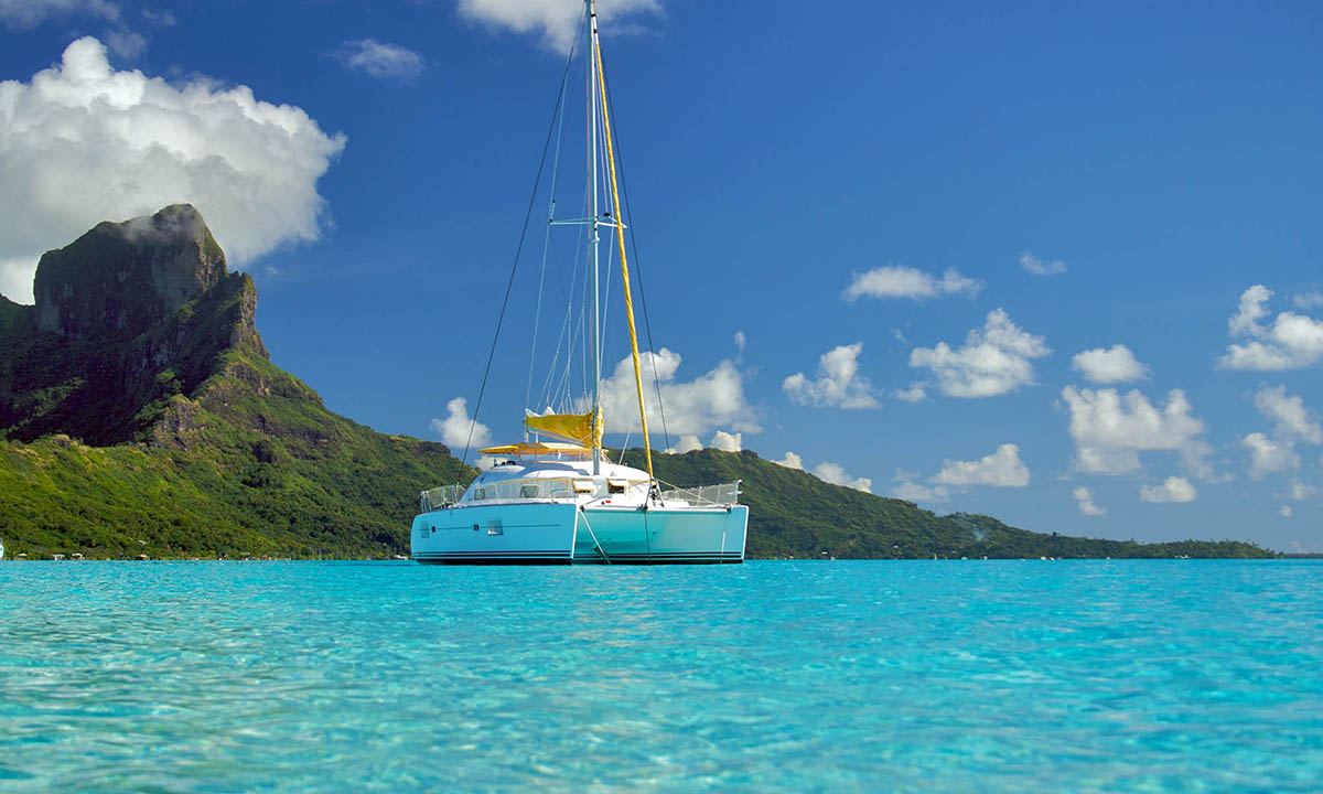 Tahiti Cruises and Yacht Charters | Tahiti Legends