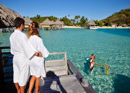 InterContinental Bora Bora Le Moana, Canoe Breakfast