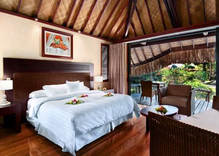 Tahiti legends tahiti honeymoons and vacations tahiti for Garden pool suite hilton moorea
