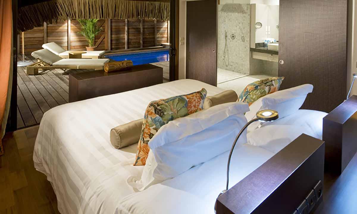 Moorea bora bora family vacation tahiti legends for Garden pool suite hilton moorea